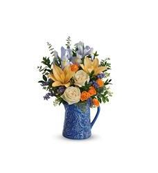 Teleflora's  Spring Beauty Bouquet (T18E200A)