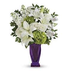 Teleflora's Moments Of Majesty Bouquet (TEV42-6A)