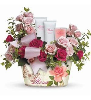 Teleflora's Everything Rosy Gift Bouquet (TEV39-1A)